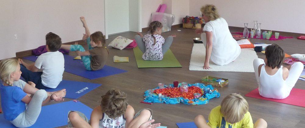 Yogaurlaub am Meer mit Kindern